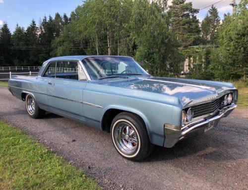 1963 Oldsmobile Dynamic 88 Holiday Coupe – Amerikas første muskelbil Kr. 239.000,-